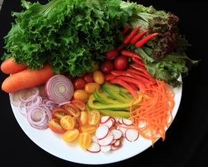 salad-dish-1366992-m